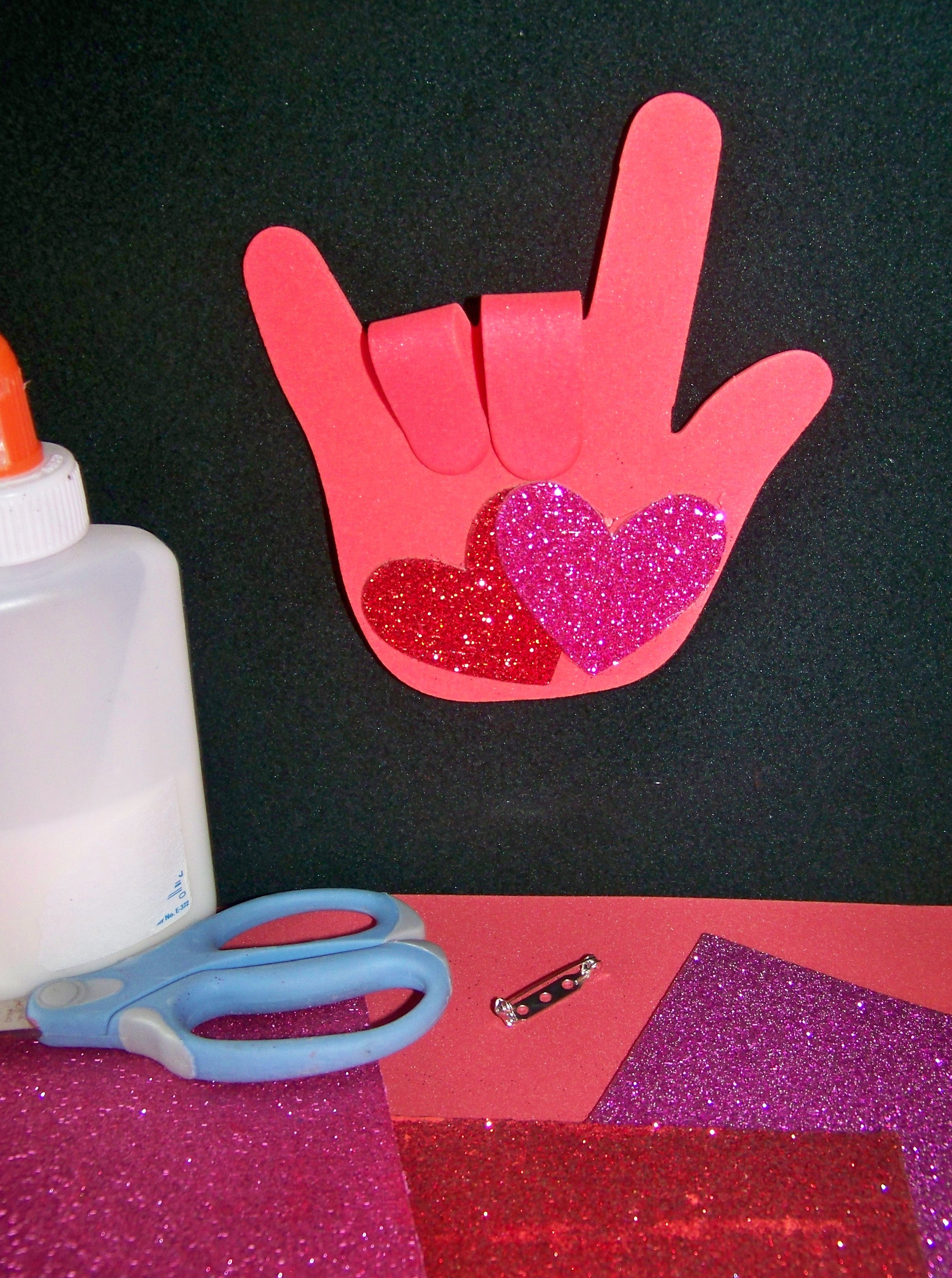 Preschool craft ideas for valentines day - Mother S Day Valentine S Day I Love You Hand Print Craft