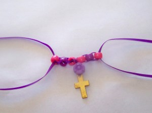 bead  cross necklace (4)